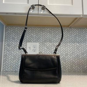 🦋 Vintage Black Kiss Lock Purse Bag VTG Retro